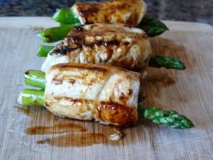 Peachy Chicken Asparagus Roll-ups