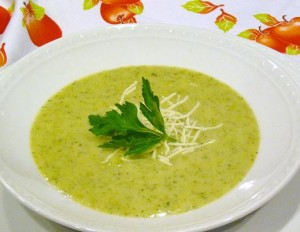 cheesy broccoli and potato soup